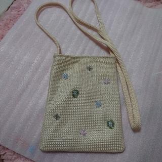 ラクテン(Rakuten)のミニ ビーズ刺繍  メッシュ系 ショルダーバッグ ベージュ系(ショルダーバッグ)
