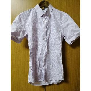 ユニクロ(UNIQLO)のユニクロ オンライン限定サイズ コットンブロードシャツ半袖 ピンク(シャツ)