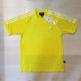 アディダス(adidas)の◆新品◆アディダスオリジナルス Tシャツ ファレル 黄色/シュプリーム好きにも(Tシャツ/カットソー(半袖/袖なし))