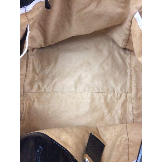 JIMMY CHOO(ジミーチュウ)の正規品 JIMMY CHOO ジミーチュウ エナメルレザートートバッグ レディースのバッグ(トートバッグ)の商品写真