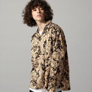 ハレ(HARE)のヴァイラスガラオープンネックシャツHARE(Tシャツ/カットソー(七分/長袖))