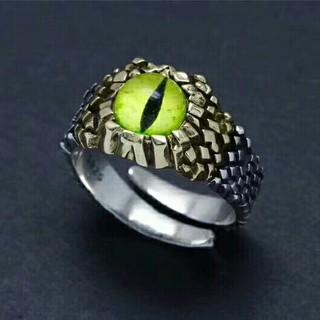 蛇目の指輪リング(リング(指輪))