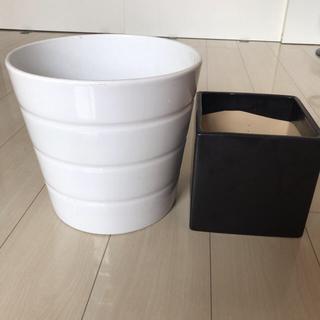 イケア(IKEA)の陶器鉢  二個セット(プランター)