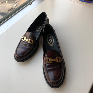 トッズ(TOD'S)のTOD'S 39 ローファー ブラウン(ローファー/革靴)