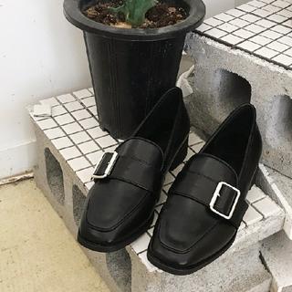 ディーホリック(dholic)のDHOLIC スクエアトゥバックルローファー(ローファー/革靴)