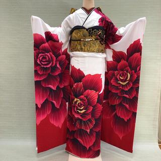 白ラメ地に赤薔薇の振袖フルセット(振袖)