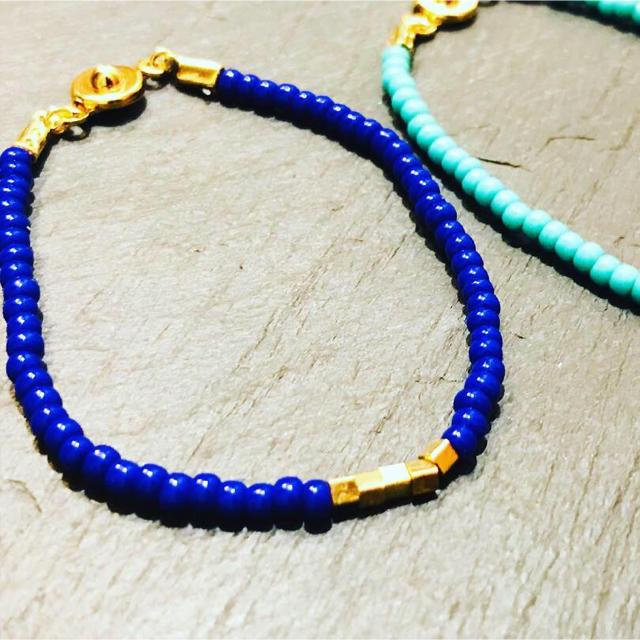 ビーズブレス ブルー ハンドメイドのアクセサリー(ブレスレット/バングル)の商品写真