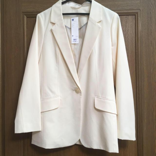 GU(ジーユー)のジャケット レディースのジャケット/アウター(テーラードジャケット)の商品写真