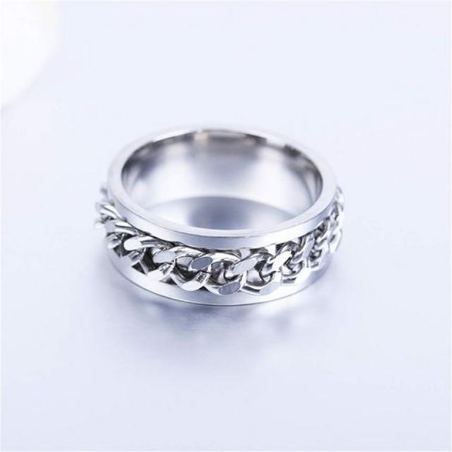 激安690円★超人気 メンズチェーンテザイン指輪シルバー 14号 メンズのアクセサリー(リング(指輪))の商品写真