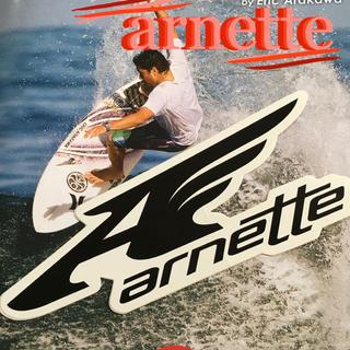 アーネット(Arnette)のarnetteアーネットUS限定型抜MIDウイングロゴアイコンステッカー(サーフィン)