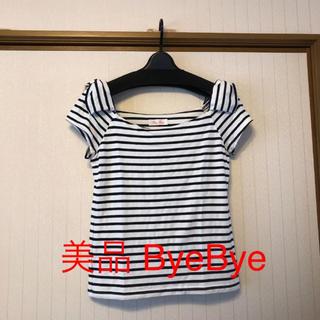 バイバイ(ByeBye)の美品❤️ Bye  Bye 肩リボン Tシャツ(Tシャツ(半袖/袖なし))