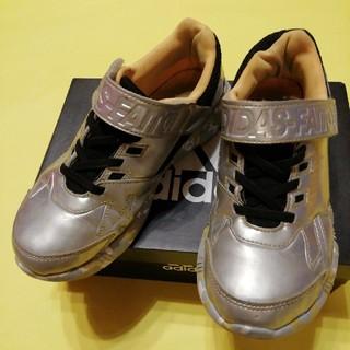 アディダス(adidas)の【ゆづしず様専用】スニーカー 22.5 アディダス(スニーカー)