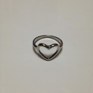 フォーエバートゥエンティーワン(FOREVER 21)のハートリング(リング(指輪))