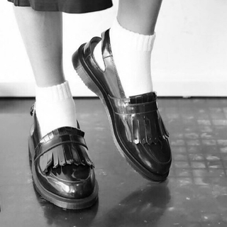 ドクターマーチン(Dr.Martens)のドクターマーチン valentine (ローファー/革靴)