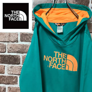 ザノースフェイス(THE NORTH FACE)の【激レア】ザノースフェイス ビッグロゴ人気のグリーン×オレンジ ポリ素材パーカー(パーカー)