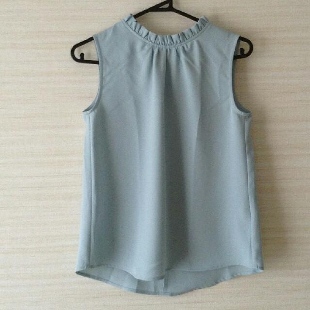 GU(ジーユー)のジーユーフリルネックノースリーブブラウス レディースのトップス(シャツ/ブラウス(半袖/袖なし))の商品写真