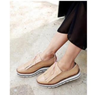 ディーホリック(dholic)のフリンジプラットフォームシューズ(ローファー/革靴)