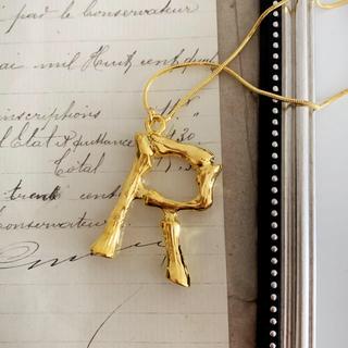 セリーヌ(celine)のイニシャルネックレス ゴールド R アルファベット(ネックレス)