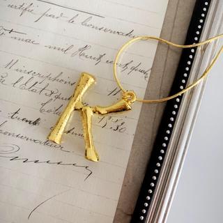 セリーヌ(celine)のイニシャルネックレス ゴールド K アルファベット(ネックレス)