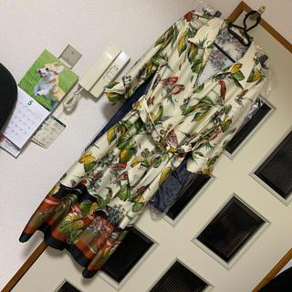 ザラ(ZARA)の今期 ZARA ボタニカル スカーフ柄 ワンピース(ひざ丈ワンピース)