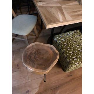 10万アクタス 極厚無垢テーブルチェア(ローテーブル)