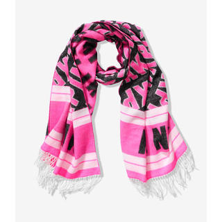 ヴィクトリアズシークレット(Victoria's Secret)の新品未使用 PINK ブランケット スカーフ♪フリンジ マフラー ピンク(マフラー/ショール)
