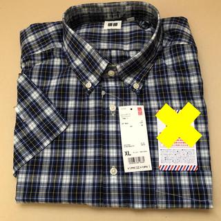 ユニクロ(UNIQLO)のUNIQLO 半袖  シャツ  チェック柄  XL オマケつき(シャツ)