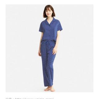 ユニクロ(UNIQLO)のUNIQLO コットンストレッチパジャマ (半袖 ドット) 新品未使用 (パジャマ)