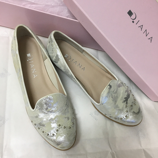 ダイアナ(DIANA)の【美品】ダイアナ フラットシューズ 23.5cm(ローファー/革靴)