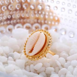 シールームリン(SeaRoomlynn)の♡ カウリーシェル リング 指輪 サイズフリー 貝殻 ♡タカラガイ 指輪(リング(指輪))