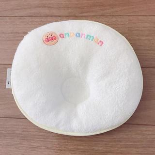 アンパンマン(アンパンマン)の値下げ 新生児 アンパンマン枕  ベビーソックス クマ 鈴入り(枕)