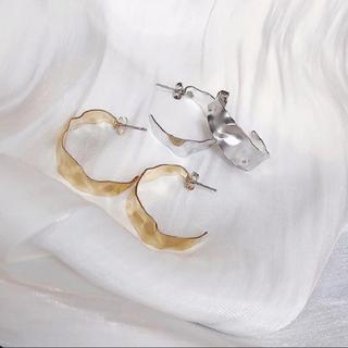 ビームス(BEAMS)のhoop pierce 〻  gold(ピアス(両耳用))