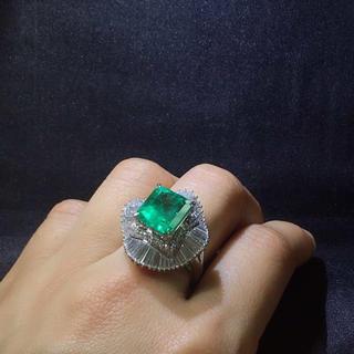 Pt900天然エメラルド ダイヤモンド 指輪(リング(指輪))