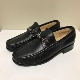 グッチ(Gucci)の☆グッチ ホースビット レザー  ローファー シューズ 黒 イタリア製(ローファー/革靴)