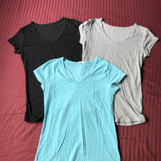 ジーユー(GU)のGU Tシャツ 3点セット Vネック(Tシャツ(半袖/袖なし))