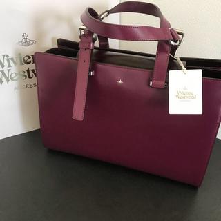 ヴィヴィアンウエストウッド(Vivienne Westwood)の新品 ヴィヴィアン トートバッグ simple 二つ折り長財布 シルバー (トートバッグ)