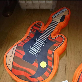バンダイ(BANDAI)のUVERworld クッション ギター(ミュージシャン)