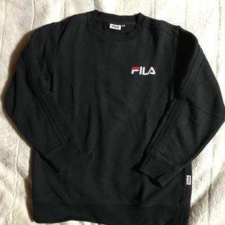フィラ(FILA)のFILAトレーナーMサイズ黒(スウェット)
