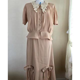 ピンクハウス(PINK HOUSE)のピンクハウス❤️刺繍レース襟が可愛いブラウスとリボン付きスカートの上下セット❤️(セット/コーデ)