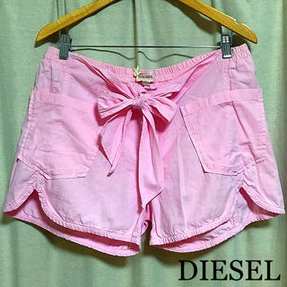ディーゼル(DIESEL)の新品タグ付 DIESEL コットンショートパンツ ピンク M 大きいサイズ(ショートパンツ)
