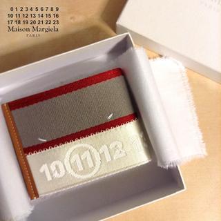 マルタンマルジェラ(Maison Martin Margiela)の新品■18ssマルジェラ■再構築ウォレット■白ベース■折財布■6127(折り財布)