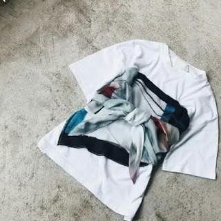 アメリヴィンテージ(Ameri VINTAGE)の【美品・試着のみ】MEDI DRAWING UNEVEN TEE  (Tシャツ(半袖/袖なし))