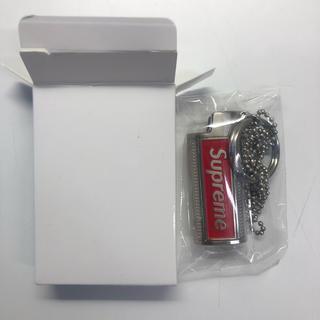 シュプリーム(Supreme)のSupreme Metal Lighter Holster 即日発送(ネックレス)