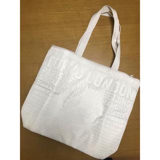 ユニクロ(UNIQLO)のユニクロ 保冷バッグ(ノベルティグッズ)
