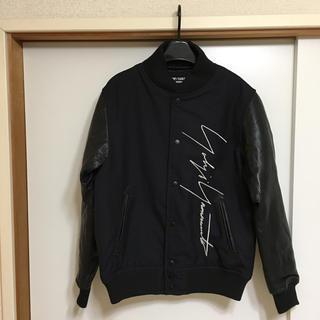 ヨウジヤマモト(Yohji Yamamoto)の新品 ニューエラ コラボ ブルゾン ヨウジヤマモト プールオム (ブルゾン)