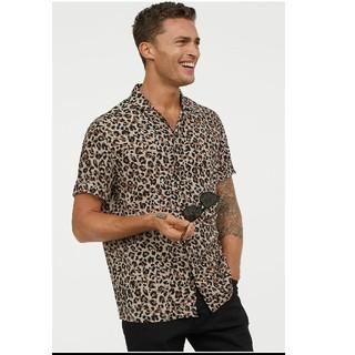 H&M - 新品タグ付き H&M  レオパード リゾートシャツ アロハシャツ メンズ L