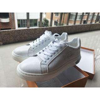 LVカジュアル靴(スニーカー)
