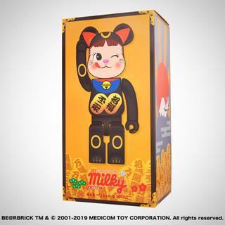 フジヤ(不二家)のBE@RBRICK 招き猫 ペコちゃん 黒 1000%(その他)