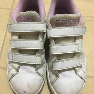 アディダス(adidas)のadidasスニーカー        ⑤(スニーカー)