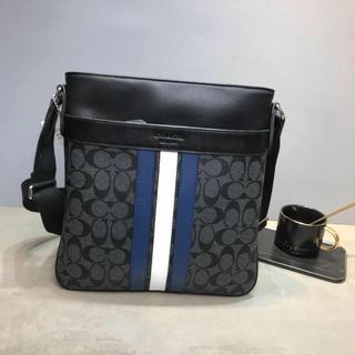 COACHコーチ正規品 ショルダーバッグ F71721 ブラック メンズバッグ